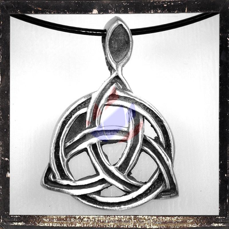 Keltisches Symbol Dreifachmond 404